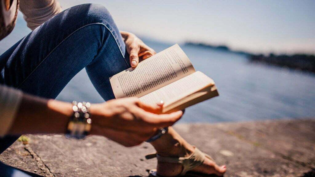 cum se citeste o carte